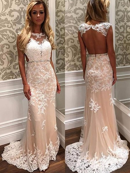 Sheath/Column Scoop Sleeveless Sweep/Brush Train Applique Tulle Prom Dresses