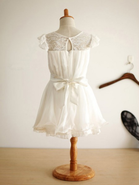 A-Line/Princess Sleeveless Chiffon Knee-Length Hand-Made Flower Scoop Flower Girl Dresses