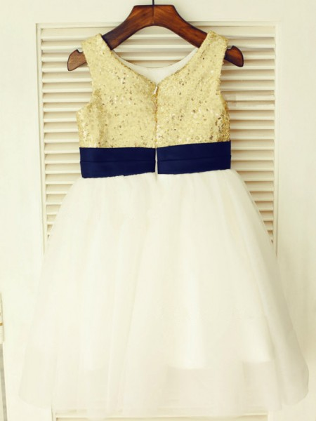 A-Line/Princess Sleeveless Tulle Tea-Length Hand-Made Flower Scoop Flower Girl Dresses