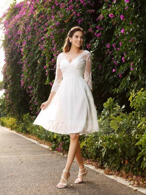 A-formet/Prinsesse V-hals Chiffong Knelengde 3/4 ermer Bryllupskjole
