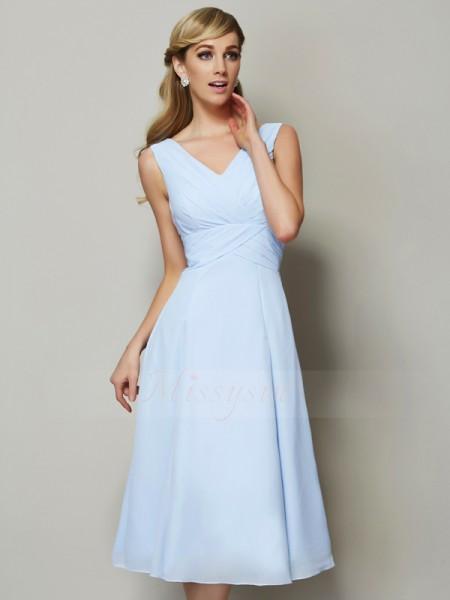 A-formet/Prinsesse V-hals Ermeløs Chiffong Midt-på-leggen Fold Brudepike kjole