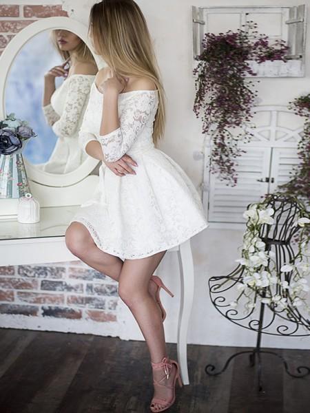 A-formet/Prinsesse 3/4 ermer Lett-av-skulderen Kort/Mini Volanger Blonder Kjoler
